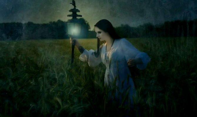 Кликушки - ведьмы или хитрые бабы?